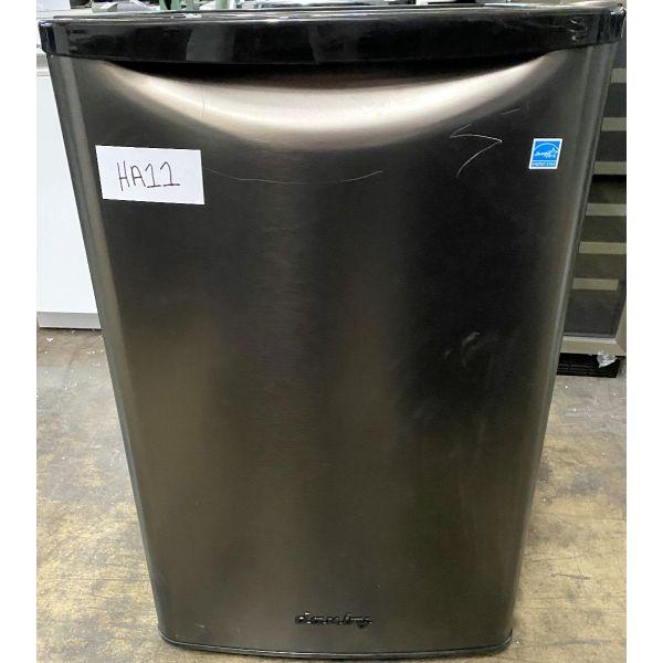 Danby Retro Style 4.4 CF All Refrigerator, Black Stainless DAR044A8BBSL HA11