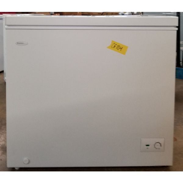 Danby Diplomat 7.0 CF Chest Freezer, White, Scratch & Dent  DCF070B1WM CF104