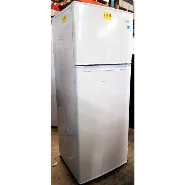 Danby 7.3 CF Apartment Size Refrigerator with Freezer DPF073C2WDB FFF115