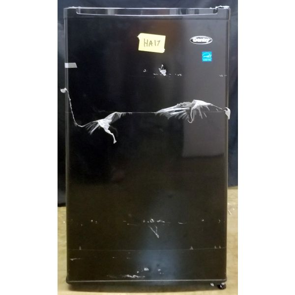 Danby 3.2 CF Compact Refrigerator Energy Star with Freezer Section DCR032C1BDB HA17