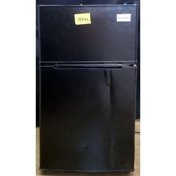 Keystone 3.1 Cu Ft Mini Fridge with Freezer, Black KSTRC312CB HA25