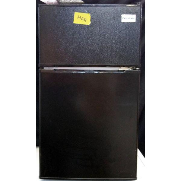Keystone 3.1 Cu Ft Mini Fridge with Freezer, Black KSTRC312CB HA32